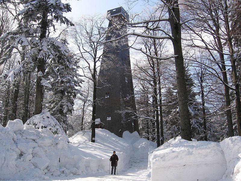 Aussichtsturm_im_Winter_2